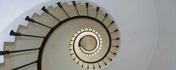 apartman-merdiven